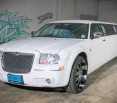 Chrysler 300C Limousine wit