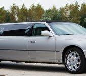 Zilveren Lincoln Limousine | Vallei-Limousines